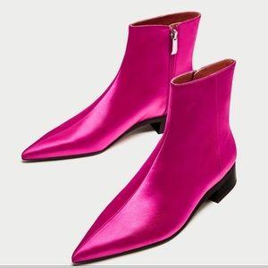 NEW Zara pointed booties
